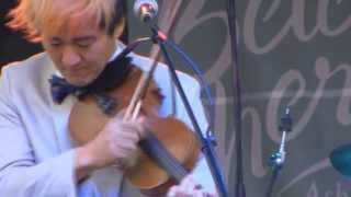 "Kishi Bashi ""Atticus, In the Desert"" live at Bele Chere 7/27/13"