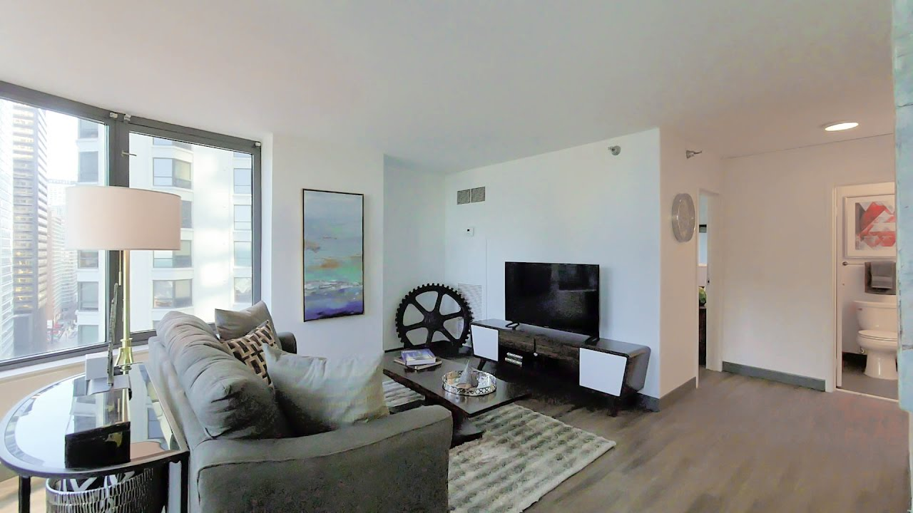 A highly-livable 2-bedroom, 2-bath at 420 East Ohio in Streeterville ...