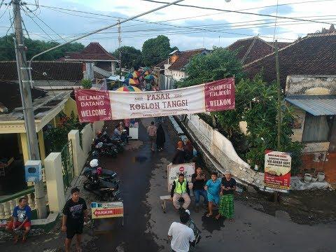 pasar-koelon-tangsi-djalan-raoeng-genteng-banjoewangi,wisata-kuliner-banyuwangi-2020-suasana-jajanan