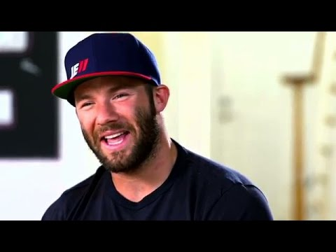 Julian Edelman Does Hilarious Tom Brady & Bill Belichick Impression