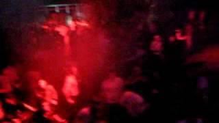 "Dub Makers play ""SIS - Nu Wim De Wa (Original mix)"""