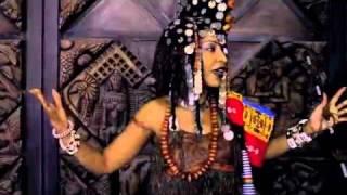 Viviane Ndour - Kumu Nexul