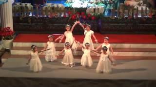 Tốp múa Thiếu Nhi HTTL Sài Gòn - Đêm Thánh Nhạc Giáng Sinh 15 - 12 - 2017.