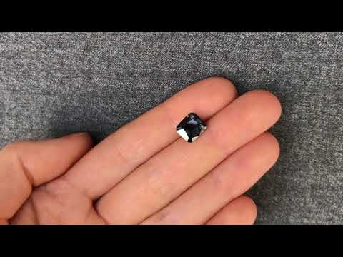 Натуральная черная шпинель из Мьянмы 3.03 карат