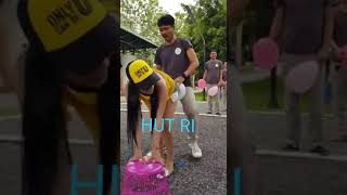 Download Video HEBOHH.... HUT R.I LOMBA SEX POSE NUNGGING ( DOGGY STYLE ) MP3 3GP MP4