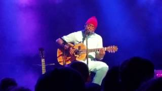 Seu Jorge - Oh You Pretty Things (David Bowie Cover)
