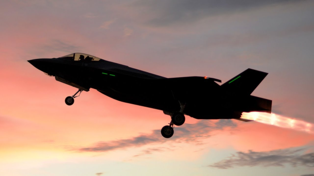 insanely loud f 35 full afterburner takeoff youtube