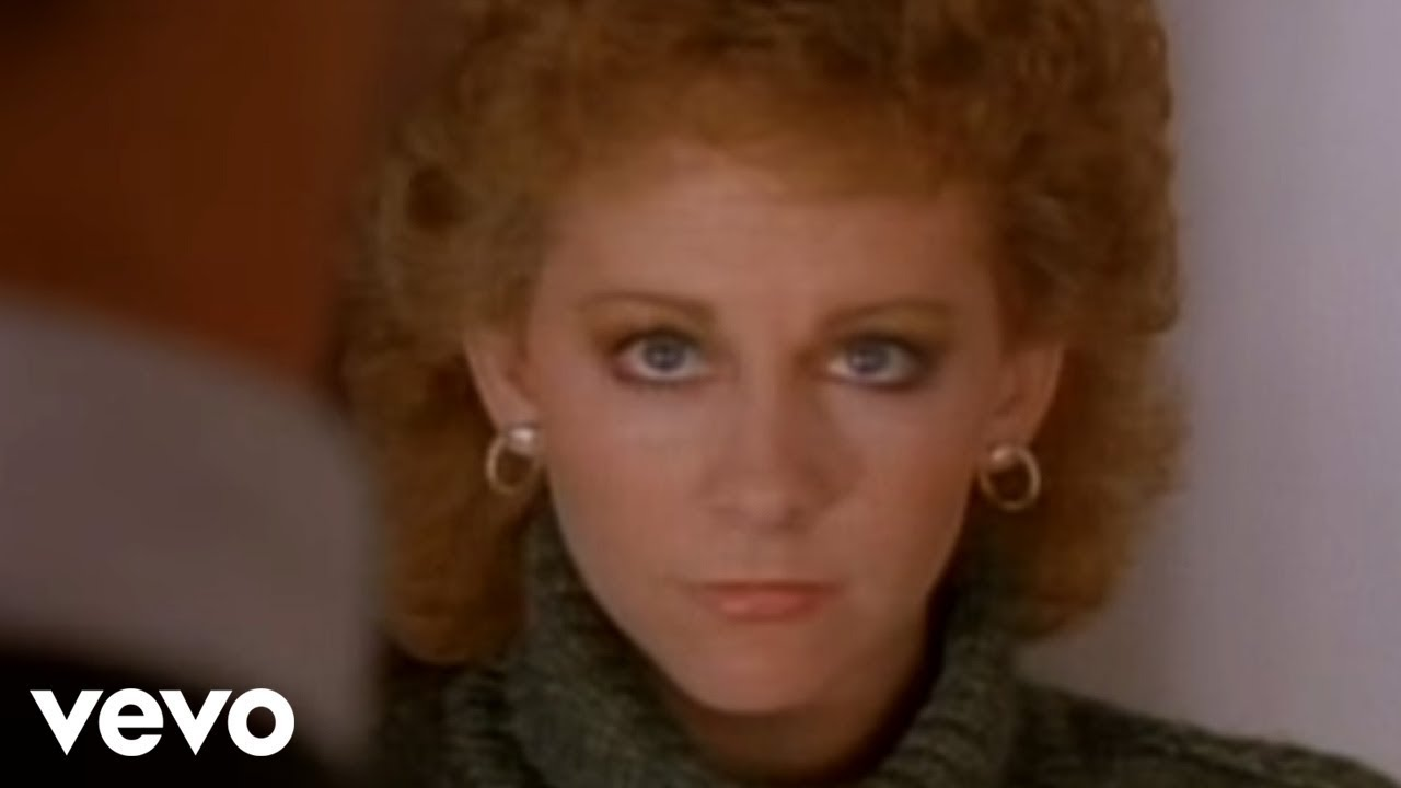 Reba McEntire - Whoever\'s In New England - YouTube