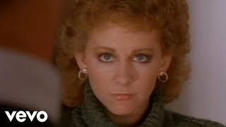 Reba Mcentire – Whoever's In New England Video Thumbnail