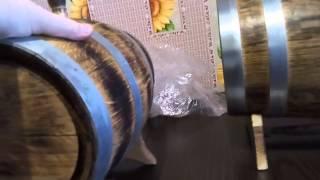 Дубовые бочки для выдержки напитков от А до Я - начало.(Данное видео начало серии видео об использовании дубовых бочек при выдержке домашних напитков. Полностью..., 2016-01-26T15:24:34.000Z)