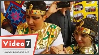 """نائب رئيس جامعة القاهرة يتفقد مهرجان الأنشطة.. والطلاب يستقبلونه بـ""""الليلة الكبيرة"""""""