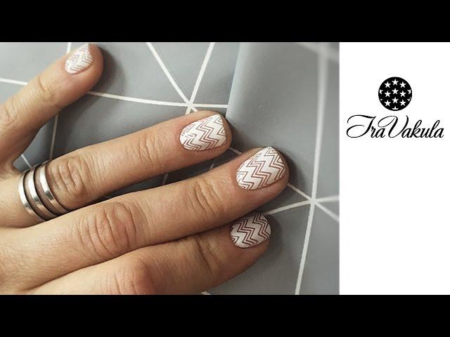 MOYOU stamping manicure - white curved lines Nail Art #Ira Vakula