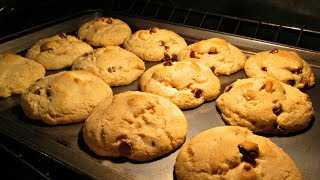 Chewy Chocolate Chip Cookies - The Soft Secret - PoorMansGourmet