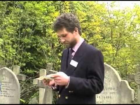 Thomas Crapper Grave Rededication 04 May 2002 .flv