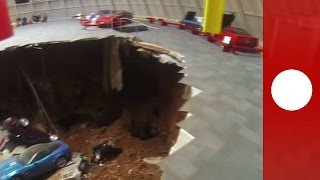 Repeat youtube video Huge sinkhole devours eight vintage Corvettes in Kentucky museum - caught on tape
