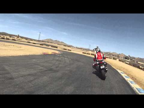 50cc Pocket bike vs 250cc Ninja on a Kart Track