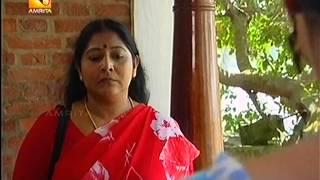 Repeat youtube video malayalam serial actress hot saree tucking in a tight saree.mpeg
