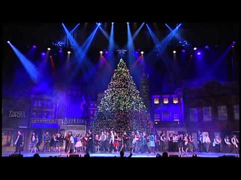 Christmas In Memphis - 2014 Singing Christmas Tree - Christmas In Memphis - 2014 Singing Christmas Tree - YouTube