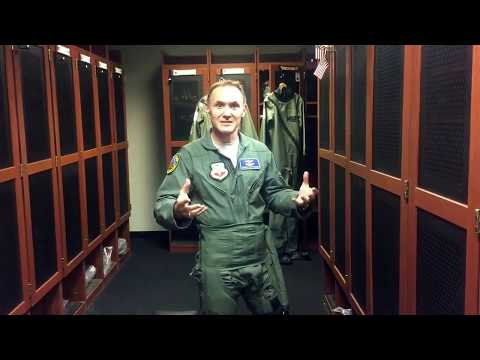 "USAF Pilot-Physician Program ""We're looking for you!"""