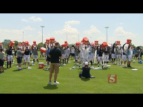 Titans Show Support For Tim Shaw With 'Ice Bucket Challenge'