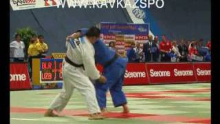 Hussein Ozkan (TUR)  -vs- M Kalikulov (UZB)