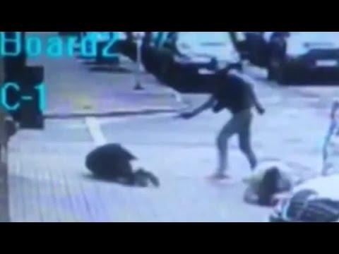 Surveillance video shows shooting death of Kremlin critic
