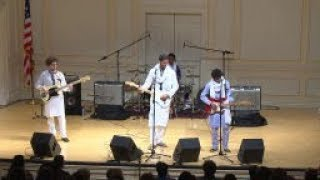 Mdou Moctar: Guitar Trio from Niger thumbnail