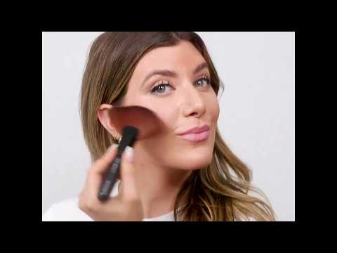 Gee Beauty: How-to Apply Bronzer