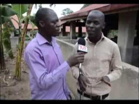 Top TV interview on pig farming with PPM Productions manager Christopher Mulindwa (Luganda)