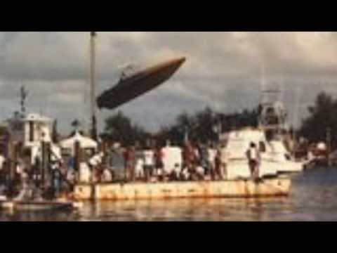 Checkmate Speed Boat Jumps Dock & Bridge ~ Faro Blanco Marina ~
