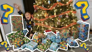 HOW TO MAKE SANTA COME TO YOUR HOUSE EARLY!? HUGE TOY HAUL! CHRISTMAS SUPRISE & MYSTERY BOX OPENING!