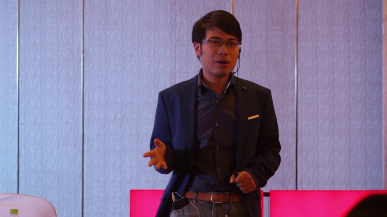 Tôi không trả lời câu hỏi về văn hóa đọc | Lang Minh | TEDxBaTrieuSt 2016