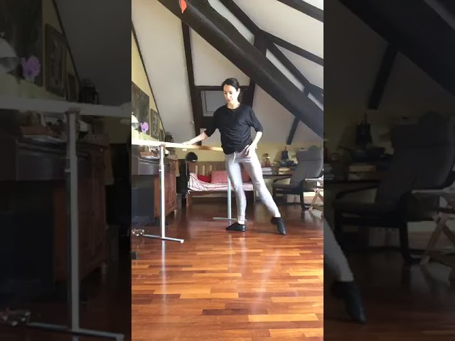 class ballet,daily training during quarantene , Sophie Sarrote Vinicio Colella