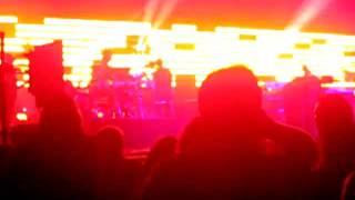 """Massive Attack """"Atlas Air"""" (clip) - Orlando, FL - 10.27.10"""