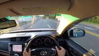 Driving Toyota Mark X 2011