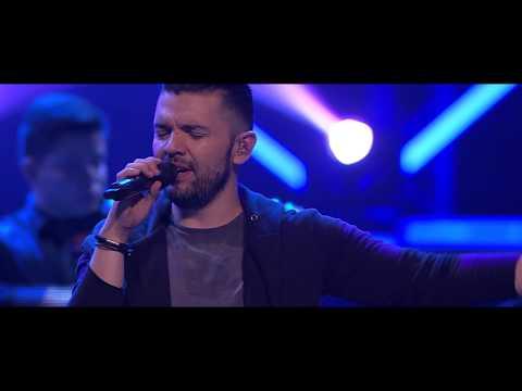 Vuelve Otra Vez - Bani Mu�oz - Feat. Viris Mu�oz, Marcela G�ndara, Julio Melgar (Video Oficial)