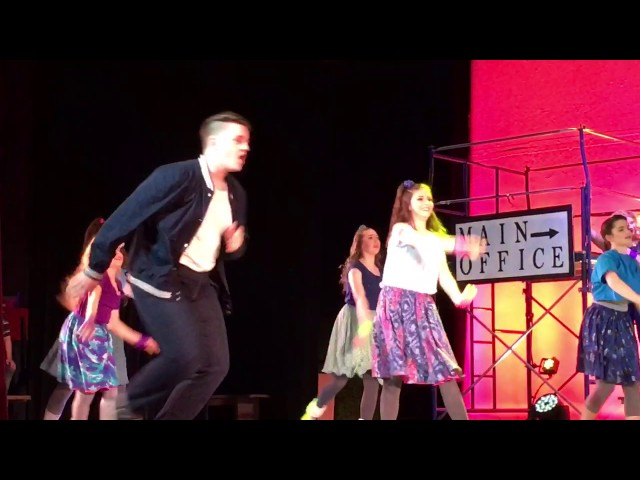 I cant stand still - Mason Douglas in Footloose!