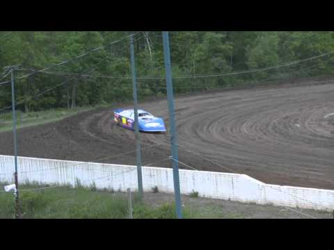 PART 2  of  late model qualifying mt. pleasant speedway 5-27-11  a.l.m.s