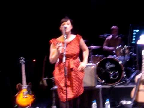 Camera Obscura - Fench Navy (Live @ Mexico City June 2009)