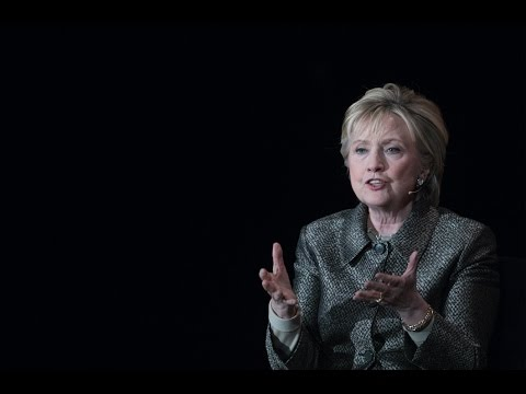 Hillary Clinton mocks male politicians over maternity care coverage