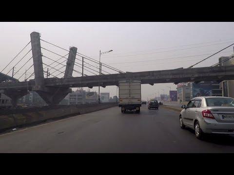 Driving in Mumbai (Western Express Highway) - Maharashtra, India