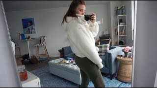 Vlog Day 13: My new favorite jacket, I need your advice and a quick blogger mail time