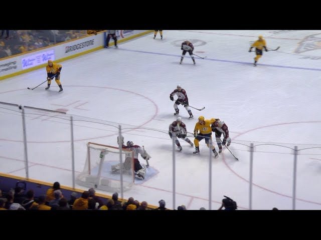 Kevin Fiala goes top-shelf with one hand