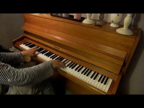 Some random Rock n' Roll/Boogie Woogie on granddad's Hellas piano