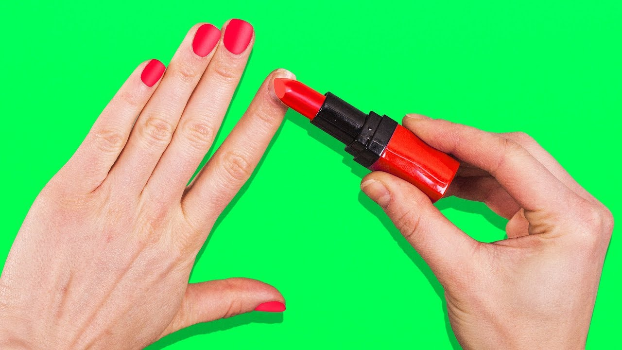 15 LAST-MINUTE BEAUTY HACKS EVERY WOMAN SHOULD KNOW