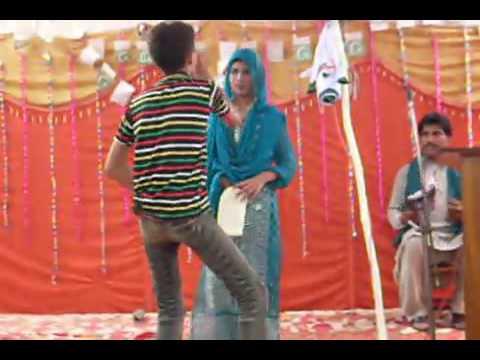 dance performance on patlo jai