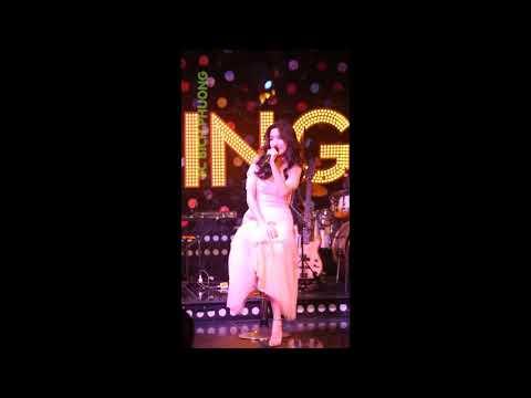 Bích Phương lần đầu live Bùa Yêu cực hay tại Swing  HÓNG HỚT SHOWBIZ