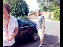 Zabouchnuté klíče v autě - Definitivní řešení