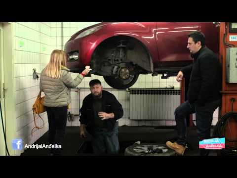 Andrija i Andjelka -  Kod automehanicara