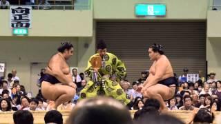 大相撲地方巡業 札幌場所 トーナメント大会 準決勝の模様。 Nikon1 J4 F...